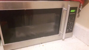 DANBY SMALL STAINLESS STEEL MICROWAVE HANOVER AREA