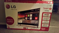 "50""LG Smart TV new with box"