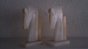 2 Horse Marble Polished Rock Stone Bookends Book Holder