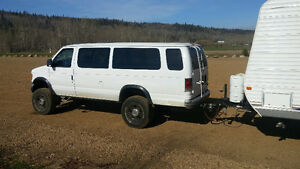 2004 Ford E-350 lifted 4x4 Van