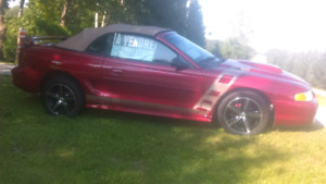 Ford mustang convertible 1997