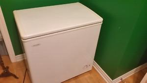 Chest freezer (broken, free)