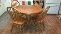 Oak Table 4 chairs for sale