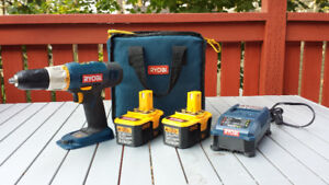 Ryobi Cordless Drill, 2 Batterys, Charger & Case.