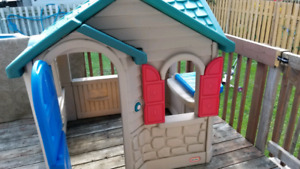 Maisonette Little Tikes - kids house