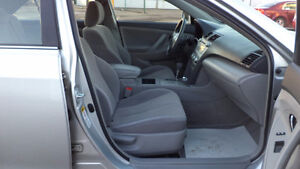 09 Camry- auto - 4dr - LOADED - A/C - NEW TIRES - ONLY 90,000KMS Edmonton Edmonton Area image 9