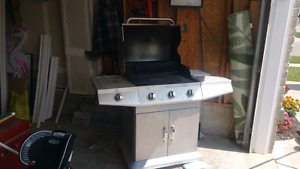 Bbq for sale with new grill- need it gone.