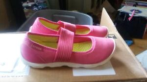 Girls Pink Crocs Shoes