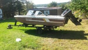 SOLD...Bowrider speedboat with 50 hp outboard motor