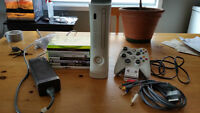 XBOX 360 + JEUX + 2 Manette + chargeur + Compo,60Gig+headset