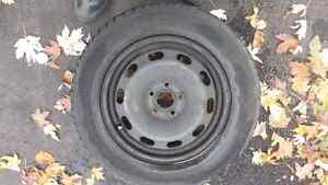 4 winter tires on rims 235/65/16 West Island Greater Montréal image 2