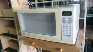 Sany0 microwave oven