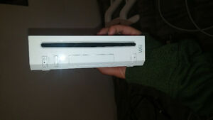 LOOKING FOR A XMAS GIFT? Wii WITH TWO CONTROLLERS AND ALL PLUGS Kitchener / Waterloo Kitchener Area image 2