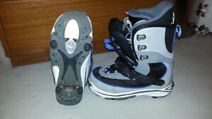 Snowboard with sownboard boots and snowboard bindings