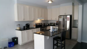 Room for rent in 3 Bed 2.5 Bath Single house $650