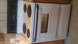 30 Inch Oven. Great Condition.....Works very well.