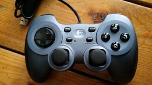 Logitech RumblePad 2 Controllers