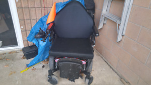 Wide electrice wide wheel chair
