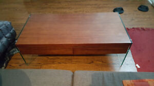 LIKE NEW STRUCTUBE COFFEE TABLE