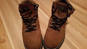 Chaussures Souliers Bottes DE TRAVAIL CAP D'ACIER Homme