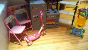 Lot de jouet fillette