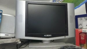 """17"""" flat screen tv with remote"""