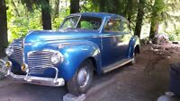 1942 Dodge Luxary Liner - $6500