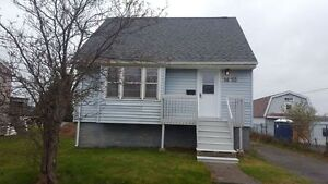 COZY 3 BEDROOM HOME IN EASTERN PASSAGE ON THE WATER!