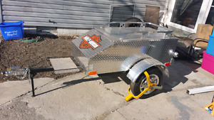 Pull behind trailer for motorcycle