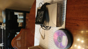 Benq DVD / CD writer & pack of blank cd's