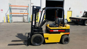 Daewoo G25S forklift 5000 Lbs capacity