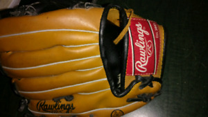 Kids baseball glove- Rawlings