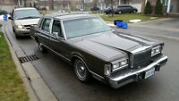 1988 Lincoln Town Car Signature 1 owner