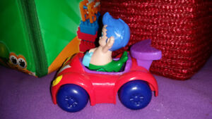 Bubble Guppies Bus, Car, and 1 other characters
