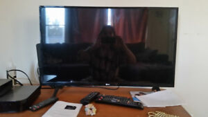 32 inch LG tv for sale used only once