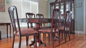 Dining room table, chairs (8) and hutch