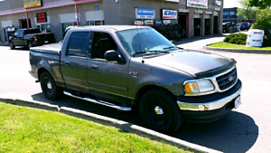 2003 FORD F-150 XLT MUST SEE!!