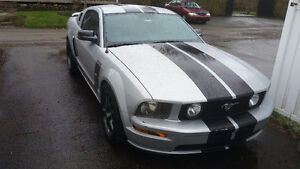 2005 Ford Mustang Coupé (2 portes)