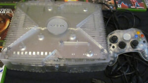 Xbox Crystal Edition with games