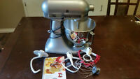 Stainless Steel Kitchen Aid mixer  - 4 qt
