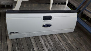 BRAND NEW FORD SUPER DUTY TAILGATE