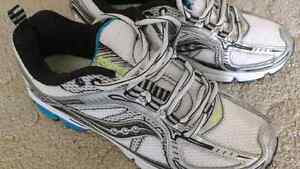 Saucony Running Shoes Mens 7