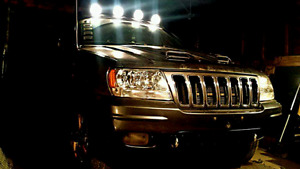 2002 JEEP GRAND CHEROKEE OVERLAND $1900 as is