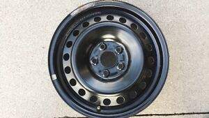 Nearly new Ford winter rims with TPMS