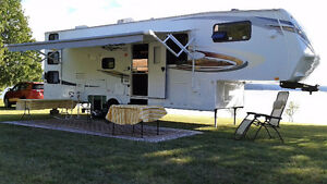 5TH Wheel Eagle 30 feet by Jayco
