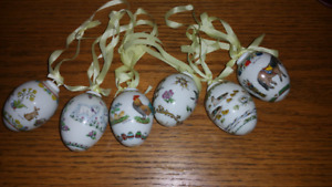 Hutschenreuther (1814) collectable eggs