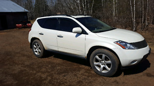 Parting out 2003Nissan murano awd