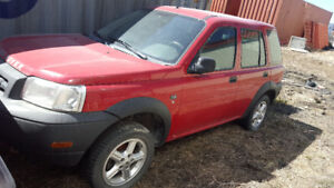 Lada Nivas and Land Rover Freelander S