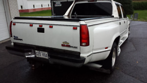 Chevrolet  3500   SUPER CONDITION