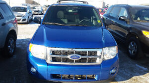 FORD ESCAPE SUV CROSSOVER  ASK MONA ABOUT A FREE CARSTARTER Strathcona County Edmonton Area image 1